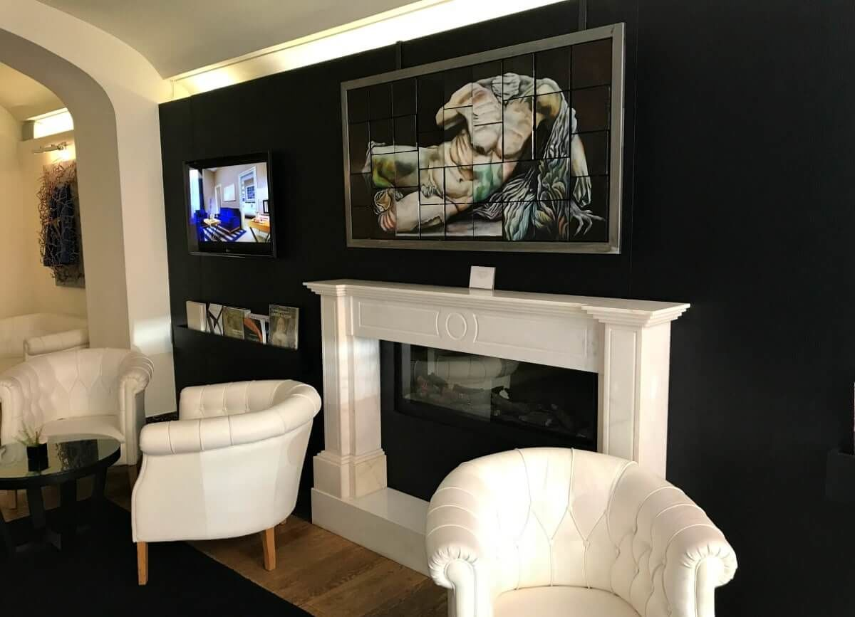 The-First-Luxury-Art-Hotel
